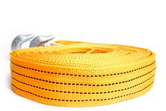 Cuerda de la remolque de cuerda para los coches en un fondo blanco imagen de archivo libre de regalías
