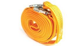 Cuerda de la remolque de cuerda para los coches en un fondo blanco foto de archivo libre de regalías
