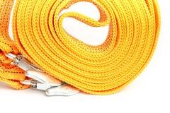 Cuerda de la remolque de cuerda para los coches en un fondo blanco imágenes de archivo libres de regalías