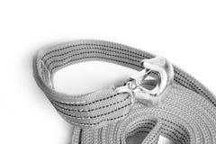 Cuerda de la remolque de cuerda para los coches en un fondo blanco fotos de archivo
