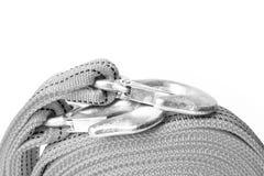 Cuerda de la remolque de cuerda para los coches en un fondo blanco imagenes de archivo