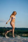 Cuerda de salto de la muchacha Imagen de archivo