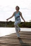 Cuerda de salto de la mujer Imagen de archivo libre de regalías