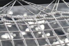 Cuerda del yate en el mar Imagen de archivo libre de regalías