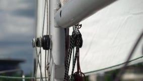 Cuerda en el yate de la navegación metrajes