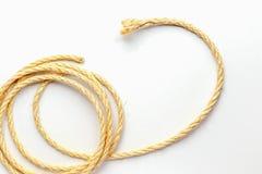 Cuerda en espiral en un cierre blanco del fondo para arriba Imágenes de archivo libres de regalías