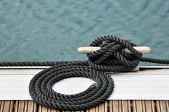 Cuerda y bitt Imagen de archivo