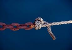 Cuerda y encadenamiento Foto de archivo libre de regalías
