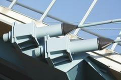 Cuerdas de alambre de un puente Imagen de archivo libre de regalías