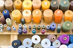 Cuerdas de rosca foto de archivo libre de regalías