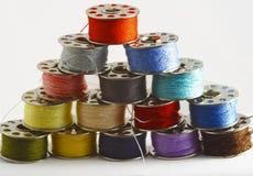 Cuerdas de rosca coloreadas Fotos de archivo