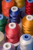 Cuerdas de rosca coloridas foto de archivo libre de regalías