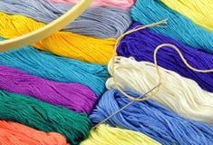 Cuerdas de rosca para el bordado Fotografía de archivo