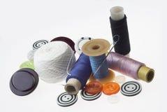 Cuerdas de rosca y agujas Fotografía de archivo libre de regalías