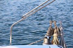 Cuerdas en un velero Imagen de archivo