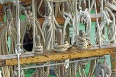Cuerdas y nudos Foto de archivo libre de regalías