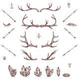 Cuernos, cristals, flechas, pluma Sistema de elementos ilustrado del diseño Elementos tribales Vector ilustración del vector