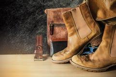 Cuero viejo en el de madera Fotografía de archivo