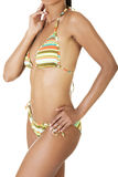Cuerpo bronceado de la mujer en bikini. Fotografía de archivo