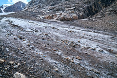 Cuesta de piedra del hielo República Rusia de Altai Fotografía de archivo