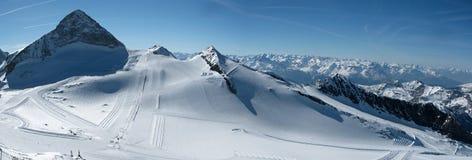Cuesta del esquí de Hintertux Imagen de archivo libre de regalías