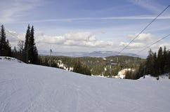 Cuesta del esquí y del snowboard Fotos de archivo libres de regalías