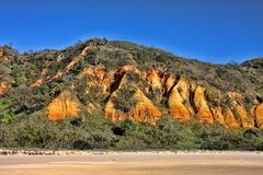 Cuestas de la erosión en la costa, Fraser Island, Australia imágenes de archivo libres de regalías