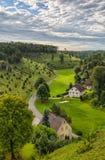 Cuestas del enebro en el valle de Kleinziegenfeld en Alemania Imagenes de archivo