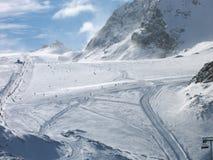 Cuestas del esquí en Zermatt Fotografía de archivo libre de regalías
