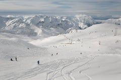 Cuestas del esquí, paisaje alpino majestuoso Imagenes de archivo