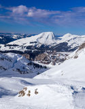 Cuestas, montañas y Avoriaz del esquí Fotos de archivo