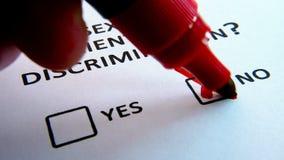 Cuestionario de la discriminación de la orientación sexual con el checkbox almacen de video