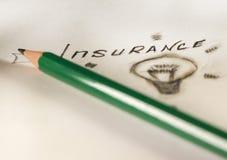 cuestionario seguro verde de la inscripción del lápiz en el Libro Blanco Imágenes de archivo libres de regalías