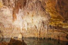 Cueva Cuevas del Drach, Oporto Cristo, Mallorca, España del dragón fotografía de archivo