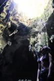 Cueva de Bukilat en la isla de Camotes, Cebú foto de archivo libre de regalías