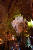 Cueva de Emine-bair-hosar (mamut), Crimea, Reino Unido fotos de archivo libres de regalías