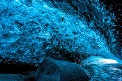 Cueva de hielo en Islandia Fotografía de archivo libre de regalías