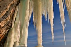 Cueva de hielo magnífica de la isla imágenes de archivo libres de regalías