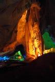 Cueva de la iluminación imagen de archivo libre de regalías