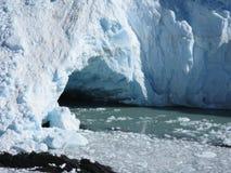 Cueva de Perito Moreno Foto de archivo libre de regalías