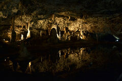 Cueva de Punkevní en el karst de Moravian, República Checa imagenes de archivo