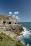 Cueva de Tilly Whim cerca de Swanage Imagen de archivo libre de regalías