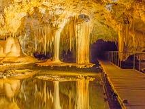 Cueva del lago Imágenes de archivo libres de regalías