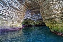 Cueva del mar adriático Fotos de archivo