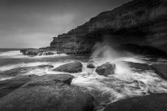Cueva del mar de la playa de Bulgo Imágenes de archivo libres de regalías
