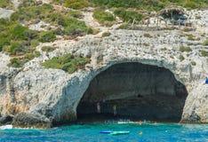 Cueva del verano de las islas jónicas Fotografía de archivo