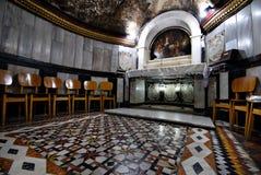 Cueva en la iglesia de San Juan Bautista imagen de archivo libre de regalías