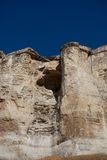 Cueva en la roca vieja Foto de archivo libre de regalías