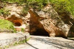 Cueva en Sigulda latvia Imagen de archivo