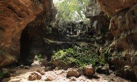 Cueva grande de la piedra caliza Foto de archivo